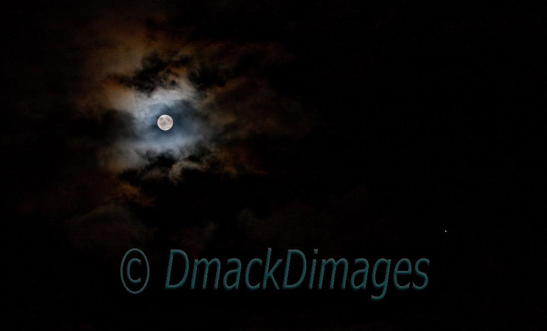 Harvest moon & Jupiter